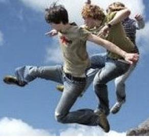 männer_jump